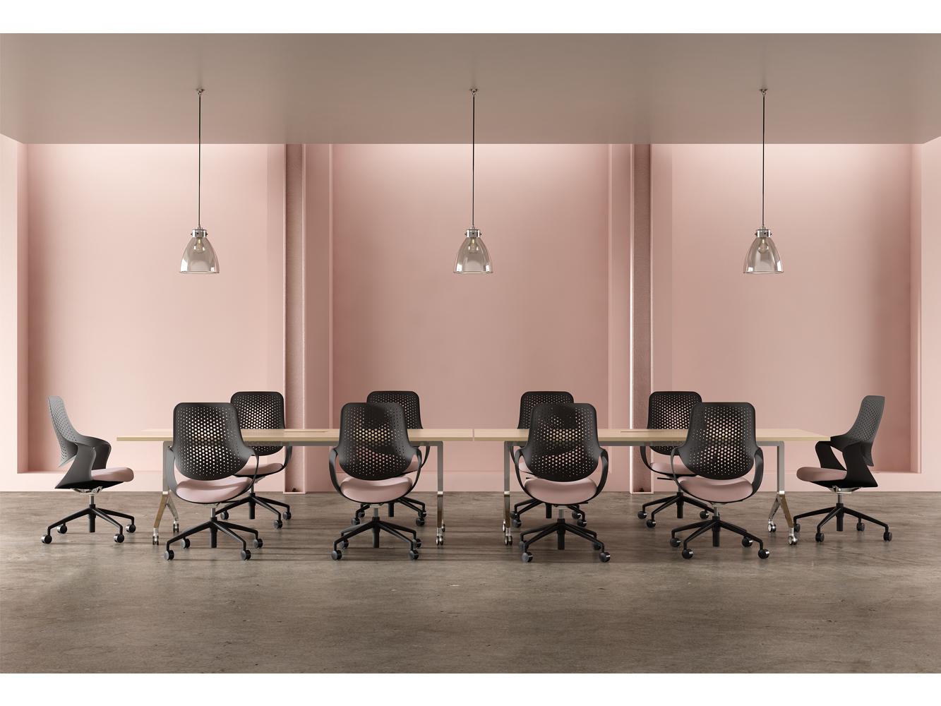 pix-us-cg-pink-meeting